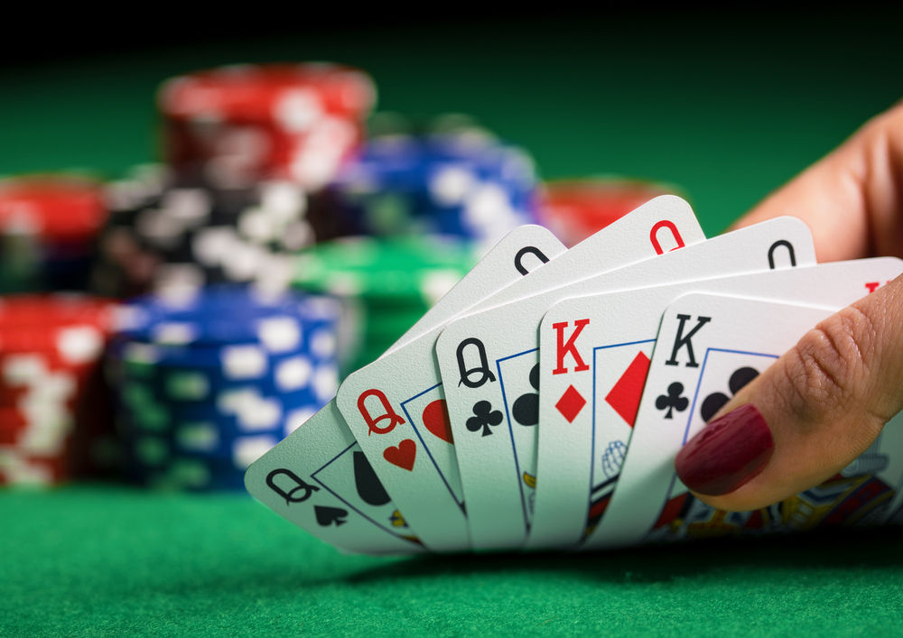 Winning Online Poker - Tips To Begin Winning!