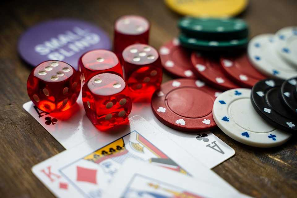 How To Play Casinos Online Safely Gambling